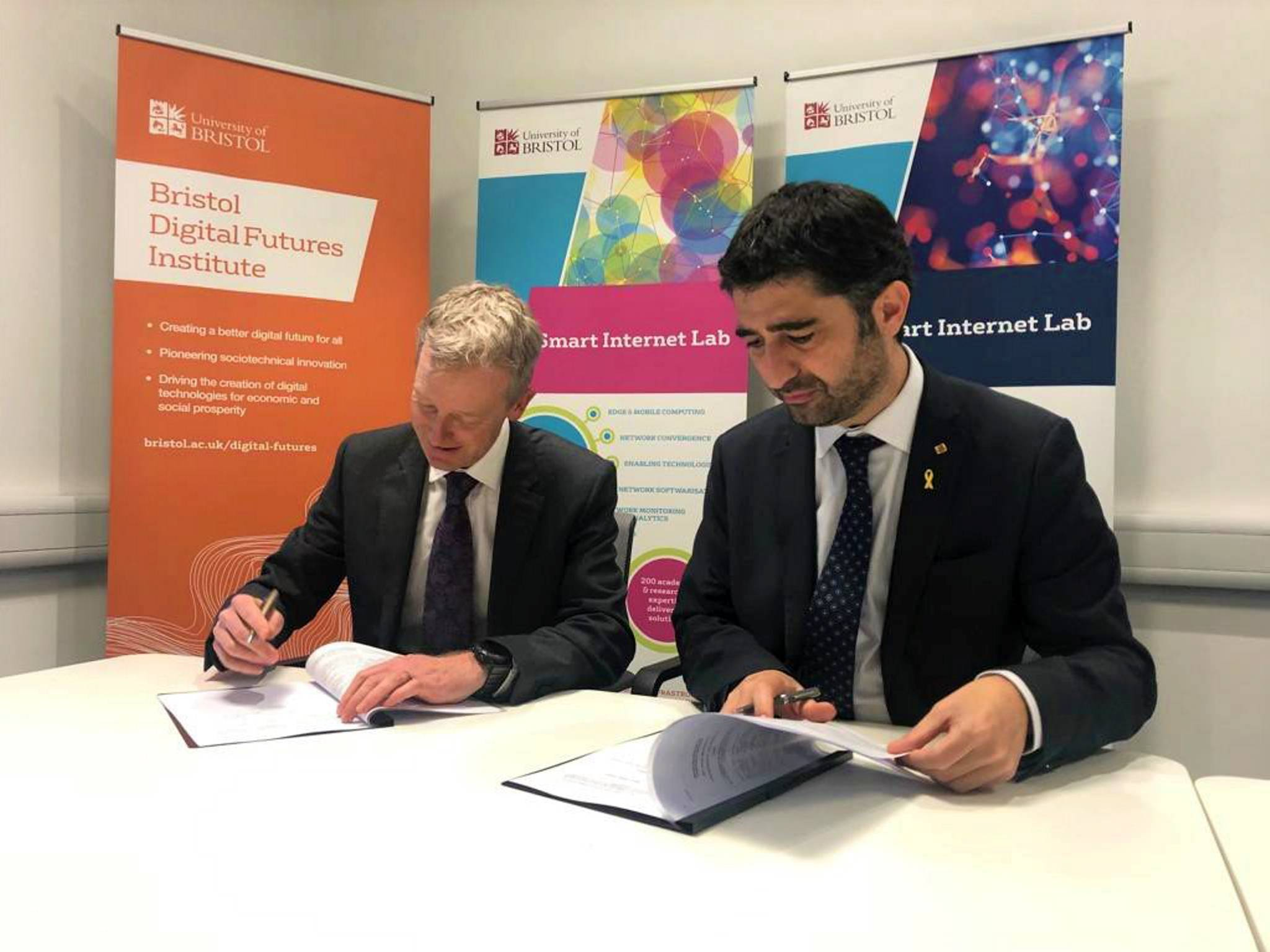 Signature between the Catalan government and the University of Bristol